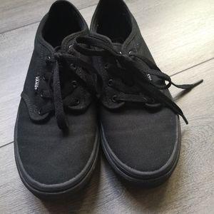 Vans Shoes - Vans original low cut style